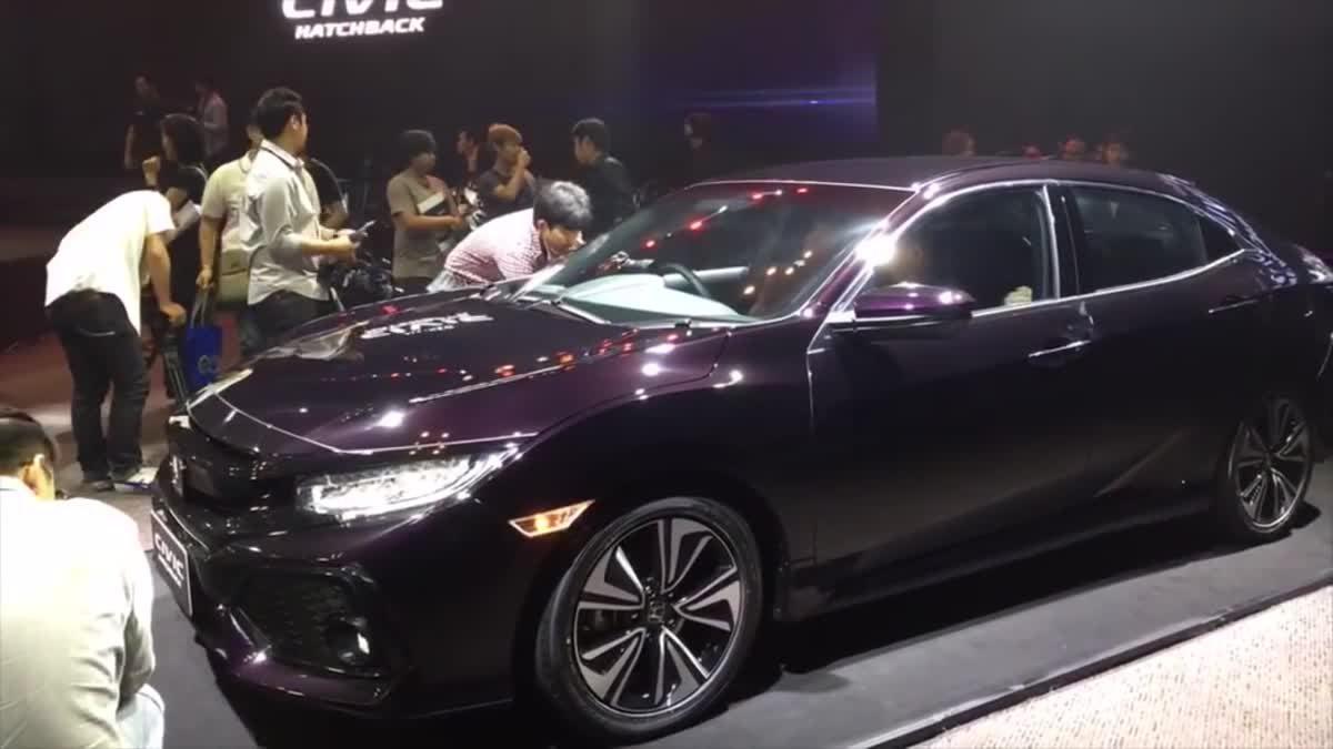 [Live] รีวิวสด Honda Civic Hatchback จากงานเปิดตัว