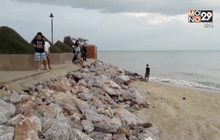 จับ 2 หญิงสาวทำอนาจารริมชายหาดชะอำ