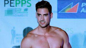 หนุ่มหล่อหลายเชื้อชาติ โชว์ล่ำในการประกวด ชุดว่ายน้ำ Mr.International 2015