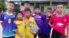 """[อัพเดท] ทางโรงเรียนชี้แจง โรงเรียนมาลูกฟุตบอลเพียงพอ หลังมีข่าว """"เด็กนักเรียนขอลูกฟุตบอลใหม่"""""""
