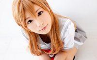 ชูป้ายไฟรอเลย!! Momozono Mirai จากสาวคอสเพลย์สู่นางเอก AV
