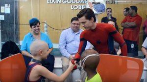 ทอม ฮอลแลนด์ ในชุดสไปเดอร์แมน สร้างกำลังใจให้เด็ก ๆ ในศูนย์เฮลธ์แคร์