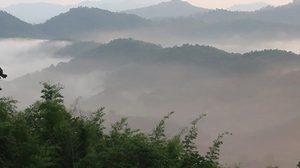 อุตุฯ เผยไทยตอนบนหนาวอุณหภูมิลด ใต้ฝนตกเพิ่ม-กทม.เย็นลง