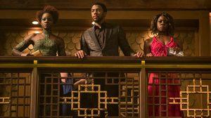 สองสาวผู้ติดตาม ที'ชัลลา ซัดศัตรูกลางคาสิโนหรู ในคลิปล่าสุดจาก Black Panther