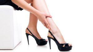 สวยเสี่ยงตาย! รองเท้าส้นสูง ใส่บ่อยๆ เสี่ยงโรคร้ายหลายโรคเชียวล่ะ!