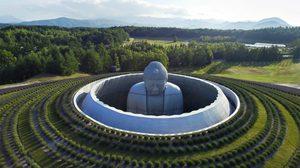 ชวนชมวิหาร พระพุทธรูป สถาปัตยกรรม ทางพุทธศาสนา เรียบง่าย สอดคล้องเป็นหนึ่งเดียวกับ ธรรมชาติ