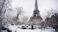 กรุงปารีส หิมะตกหนัก ในรอบ 31 ปี เผยความสวยงามอีกมุมหนึ่ง