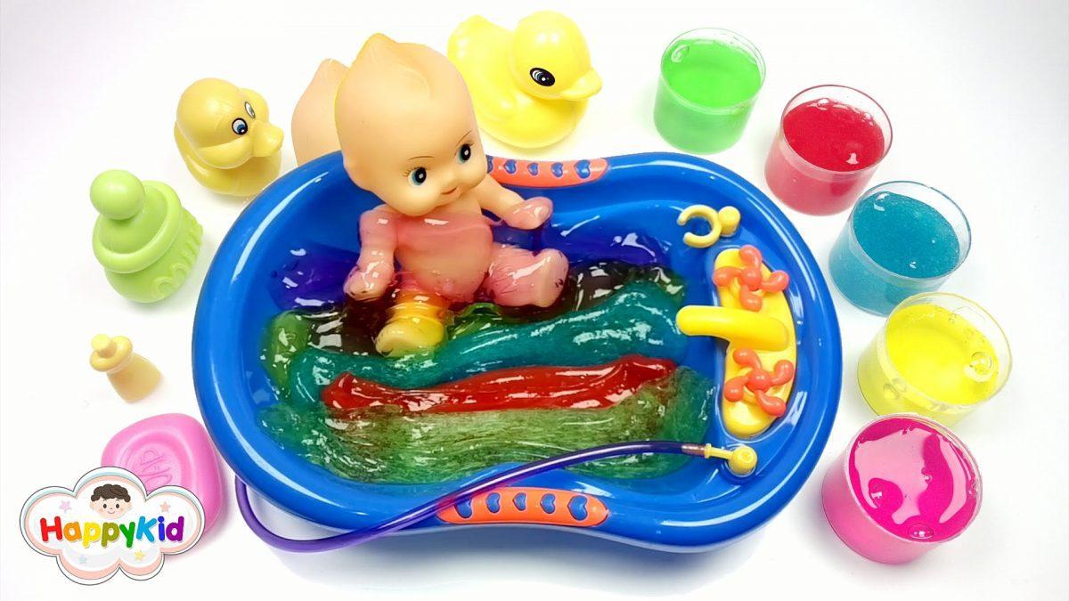 สไลม์อาบน้ำตุ๊กตา | เล่นสไลม์ | อ่างอาบน้ำของเล่น | Baby Doll Bath Time With Slime