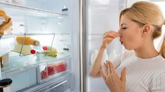 วิธี กำจัดกลิ่น ช่องฟรีซ ให้หายวับ สดชื่นเหมือนได้ ตู้เย็นใหม่!