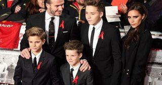 รวยไม่ลืมหูลืมตา 'Beckham Family' รายได้พุ่ง แซงหน้าควีนแห่งอังกฤษ