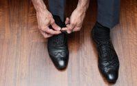 พูดได้เต็มปากข้อเสีย รองเท้าหนังไม่ใส่ถุงเท้า ใส่แล้วระวังเท้าติดเชื้อ