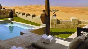 คัสร์ อัล ซาราป รีสอร์ทสุดหรู กลางทะเลทรายแดง แห่ง ยูเออี