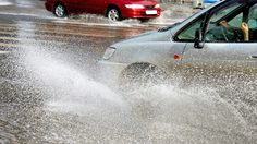 ต้อนรับช่วง หน้าฝน กับเทคนิคง่ายๆ… ขับรถอย่างไร ให้รถของคุณสกปรกน้อยที่สุด