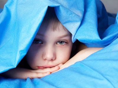 เด็กที่ชอบนอนคลุมโปง ระวังเสี่ยงโรค!