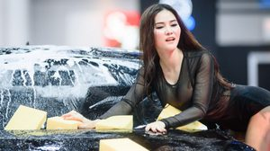 บลู ล้างรถ Auto Salon 2016 เปิดตัวเซ็กซี่ฮอลแทบแตก