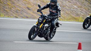 Honda CB150R ExMotion มอเตอร์ไซค์ 150 ซีซี ไซส์เล็ก สเป็คบิ๊กไบค์!!