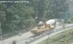 อุบัติเหตุตะขอรถเครนเกี่ยวรถเลนตรงข้าม