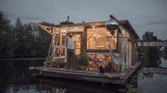 ชีวิตในฝัน! 2 หนุ่มเยอรมัน เปลี่ยนเรือเป็นบ้าน ล่องไปตามแม่น้ำทั่วยุโรป