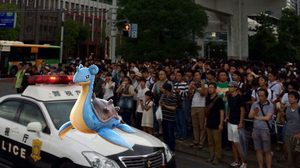 pokemon-go-players-in-tokyo-are-in-a-full-fledged-lapras-panic