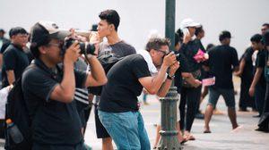 ช่างภาพจิตอาสา 'กล้องอาสา59' บริการถ่ายรูปฟรี ทำดีเพื่อพ่อ