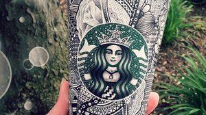 สาวน้อยวัย 20 ปี ไอเดียเริ่ด! สร้างสีสันให้แก้ว STARBUCKS