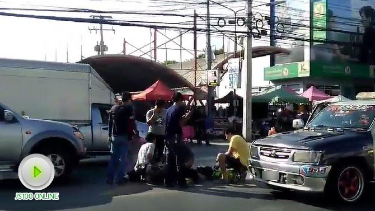 อุบัติเหตุ ถนนพระองค์เจ้าคลอง4 ที่หน้าตลาดเอซีคลอง4 (14-11-2560)