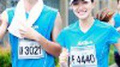 แพนเค้ก เขมนิจ จับมือ พอร์ช ศรัณย์ ตื่นแต่เช้ามาเดินและวิ่งมินิมาราธอนการกุศล TMB ING ParkRun 2012