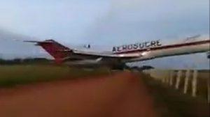 สลดใจ ! เครื่องบินขนส่งโหม่งโลก หลังขึ้นบินแค่ 3 นาที สังเวย 5 ศพ