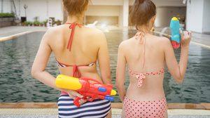เป็นเมนส์ แต่อยากเล่นน้ำสงกรานต์ มาฟัง! 3 วิธีรับมือ ที่สาวๆ ต้องรู้