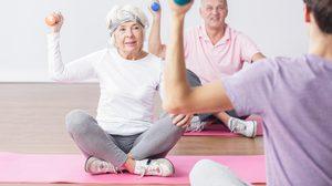 แชร์วนไป! 12 ท่าออกกำลังกาย ป้องกันการหกล้ม สำหรับผู้สูงอายุ