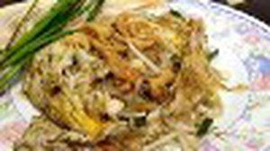 ผัดไทยเทเวศร์ สารพัดหอยนานาชนิด