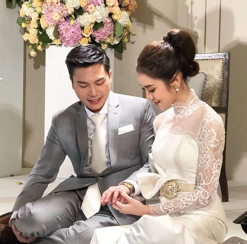 พิธีแต่งงาน ขนมจีน-ไฮโซเคน
