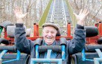 ปู่ 79 สร้างสวนสนุกที่ไม่ต้องใช้ไฟฟ้า มีเครื่องเล่นมากกว่า 45 ชนิด