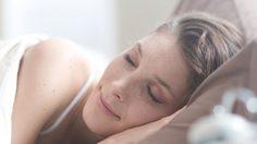 นอนไม่หลับอยู่หรือเปล่า?  5 วิธีทำให้ตัวเอง หลับสนิท คลายกังวล