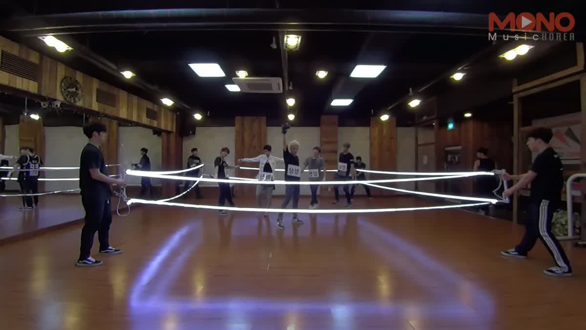 [Acian_Practice]  OUCH -  Dance Rehearsal (Mirror Mode + Slow Motion)