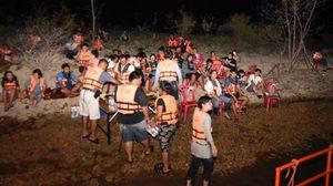 นักท่องเที่ยว 75 ชีวิตหนีตาย หลังพายุพัดถล่มขณะล่องแพ