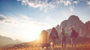 จุดหมายยอดนิยมสำหรับเปิดประสบการณ์การเดินทางครั้งแรก โดย Booking.com