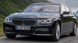 BMW 740e iPerformance รุ่นปี 2019 อาจจะต้องอัพเกรดพลังงานแบตเตอรี่มากขึ้นกว่าเดิม