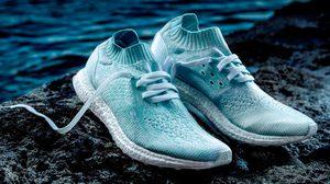 เปิดตัว adidas x Parley White Edition ทำจากขวดพลาสติกรีไซเคิลในท้องทะเล