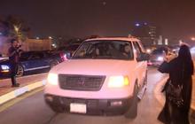 ผู้หญิงซาอุฯ ขับรถฉลองยกเลิกกฎหมายห้าม