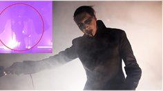 ช็อก! Marilyn Manson ถูกฉากล้มทับ กลางเวทีคอนเสิร์ต!!