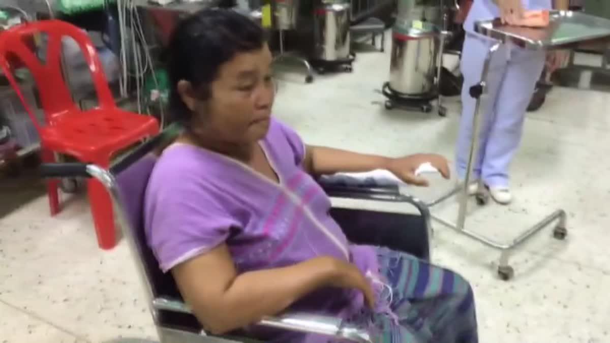 วัยรุ่นดอยเต่า ขึงขดลวดกลางถนน 2 ผัวเมียขี่มอเตอร์ไซค์ผ่าน ถูกบาดคอเจ็บหนัก