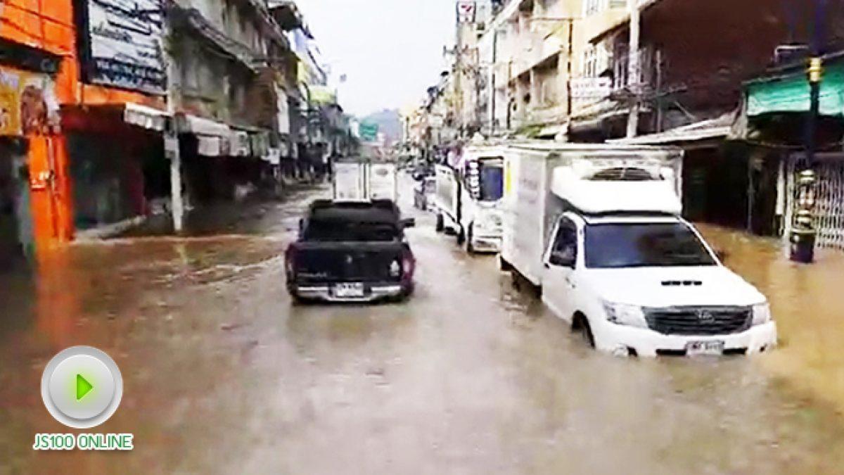 สถานการณ์น้ำท่วมในเขตเทศบาลเมืองเพชรบุรี ล่าสุด!! 22พ.ย.60 เวลา10.45 น.