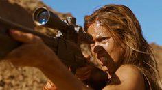 เธอกลับมาแก้แค้น!! สาวสวยขาโหดไล่ล่าฆ่าผู้ชายในหนังใหม่ Revenge