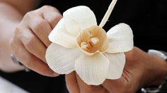 เปิดความหมายสุดลึกซึ้ง 7 ดอกไม้จันทน์ ในพระราชพิธีถวายพระเพลิงพระบรมศพ