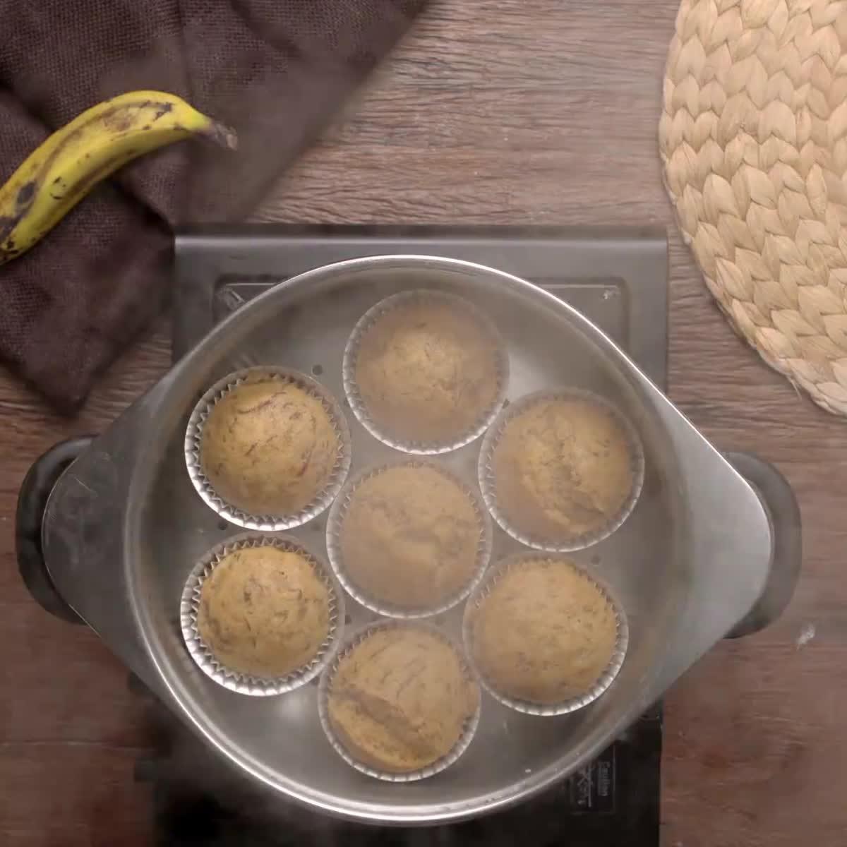 """วิธีทำ เค้กกล้วยหอมนึ่ง กินข้าวกัน by """"แม่อ้อ"""""""