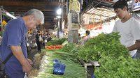 พิษน้ำท่วมโคราชผักชีแพงโลละ 300 บาท