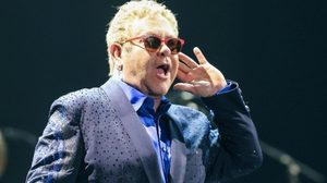 Elton John ขนทุกเพลงฮิต เสิร์ฟแฟนเพลงชาวไทยแบบเต็มอิ่ม