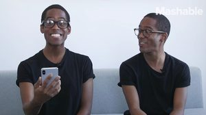 ชมการทดสอบ iPhone X จะสามารถแยกใบหน้าของฝาแฝดได้หรือไม่!?