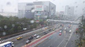 กทม.-ปริมณฑล ฝนหนักหลายพื้นที่ แนะขับขี่ระวัง